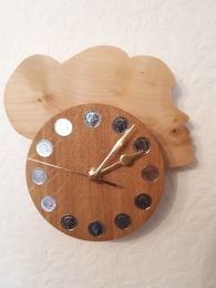 """""""HEAD TWO"""" made in sycamore and oak."""